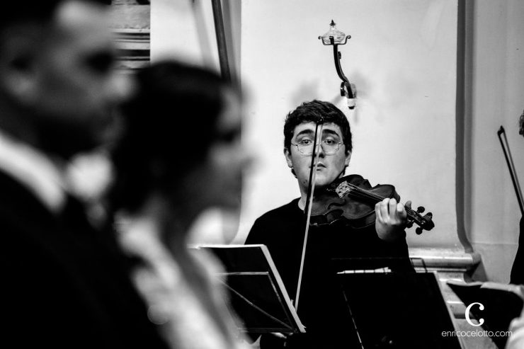 Violinist at the Church, Wedding
